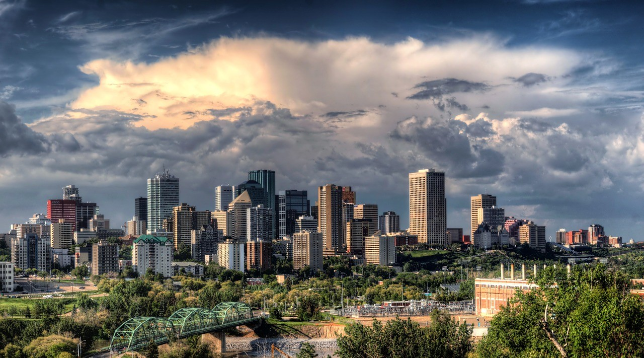 """Picture for article """"Edmonton Oil Industry"""""""