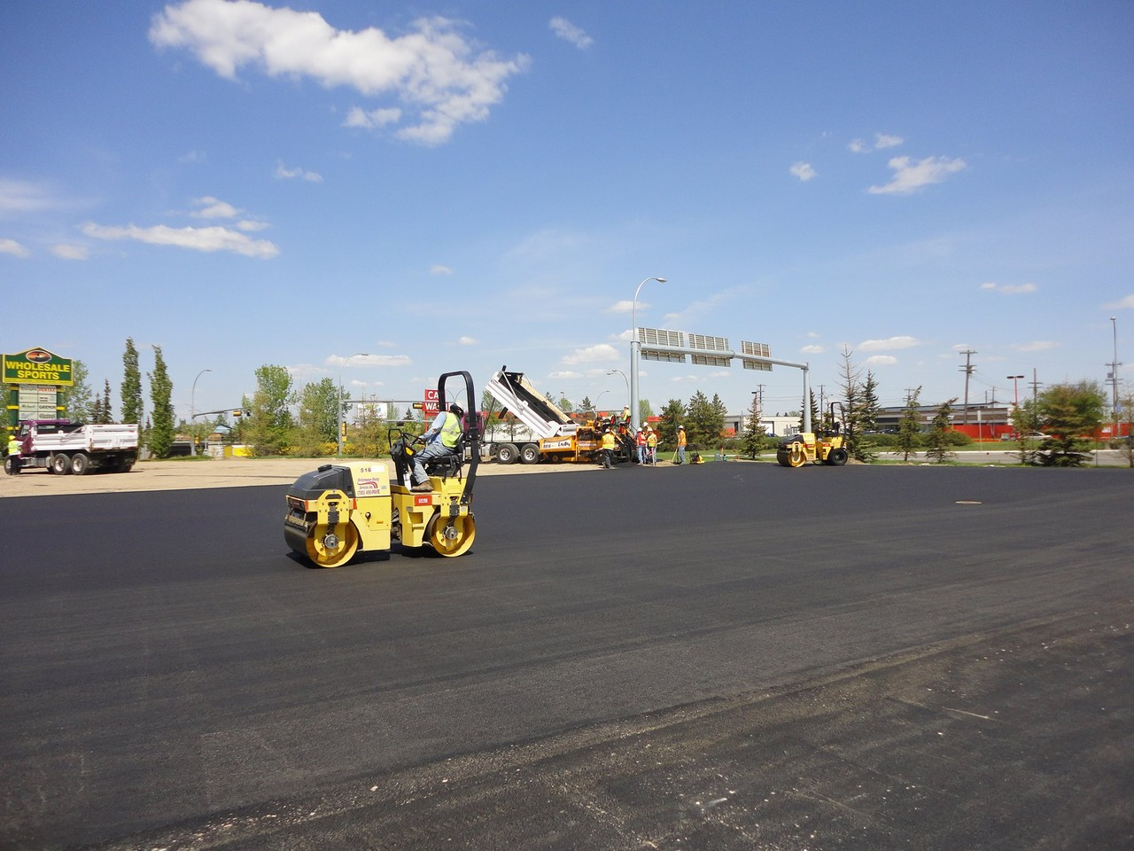 Photo uploaded by Performance Paving Services Inc